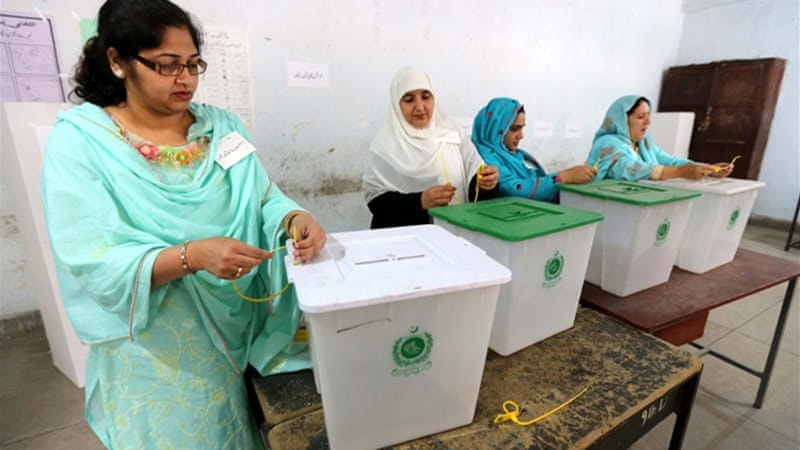 Millions of voters began casting their ballots  in Pakistan's key general elections [EPA]