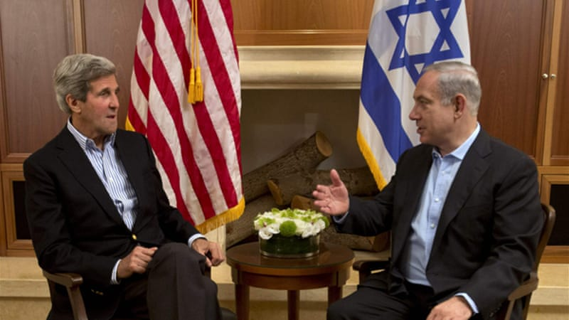 Israeli Prime Minister Netanyahu (right) has refused to enter talks with Palestinian preconditions [Reuters]