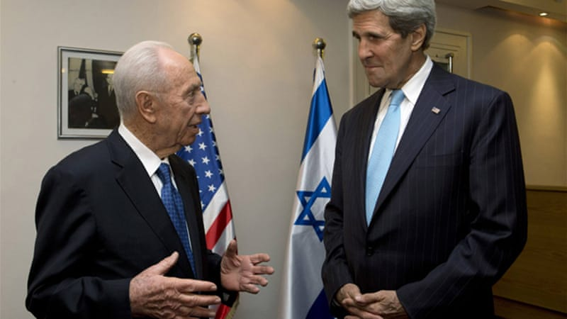 Israeli President Shimon Peres praised John Kerry for his determination to resume peace talks [Reuters]