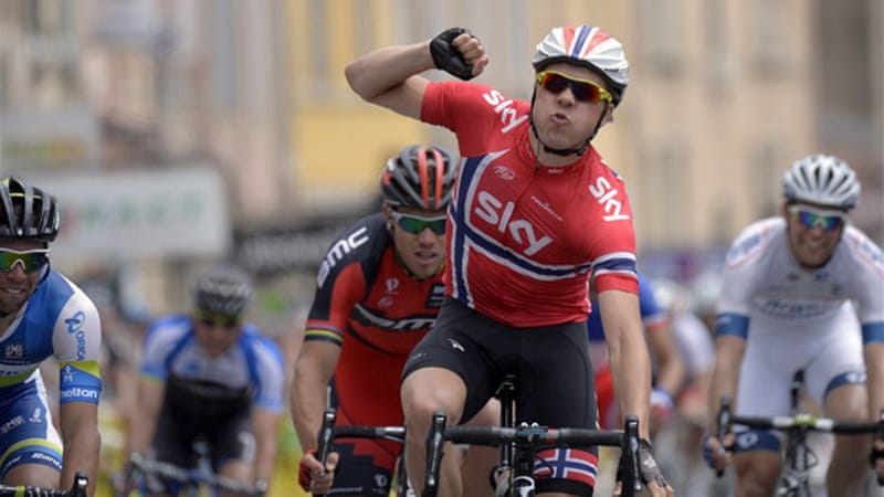 Boasson Hagen held off Michael Matthews of Australia and Gianni Meersman of Belgium, to take the 167-kilometre stage victory [AFP]