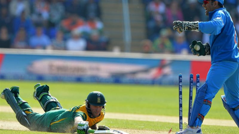 The World Cup champions piled up 331-7 before a depleted South Africa replied with 305 all out in the opening game of the tournament [AFP]