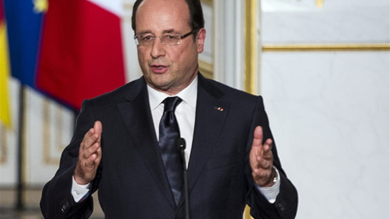 Hollande stands by his pledge to reverse the he rising jobless trend in France by the year's end  [EPA]