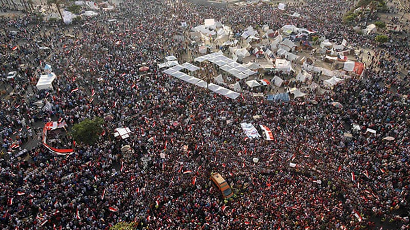 Egypt's armed forces gave President Morsi an ultimatum to agree on a platform with rivals [Reuters]