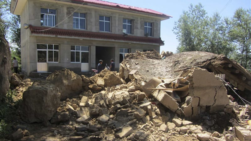 Many houses collapsed after the earthquake in China's Gansu province. [Reuters]