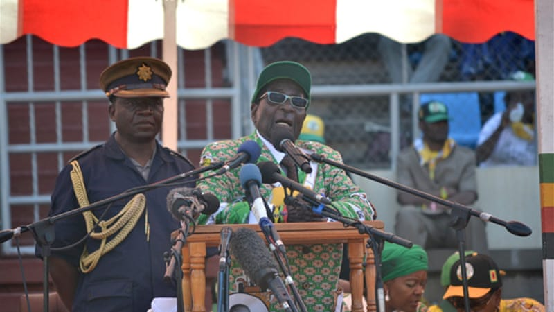 Robert Mugabe at election rally [Al Jazeera]