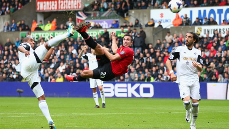 Van Persie opened the Manchester United goal account with a sublime acrobatic strike [GALLO/GETTY]