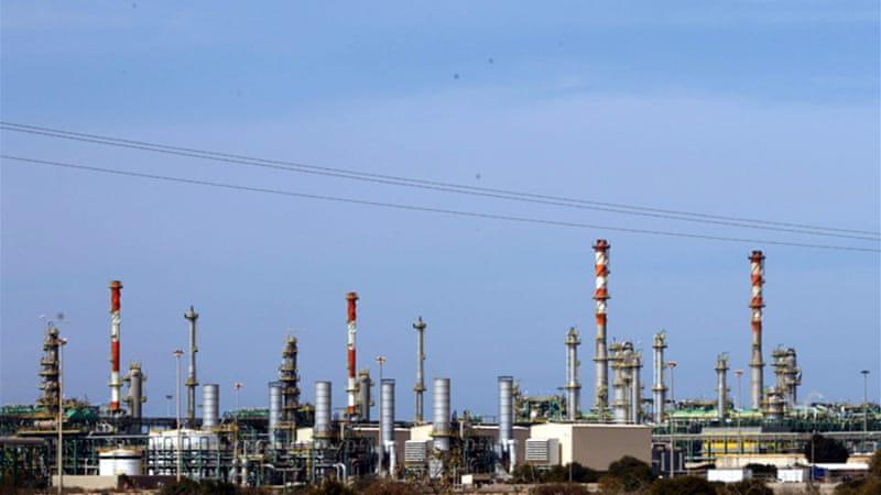 Libyan troops clash with striking oil workers | News | Al