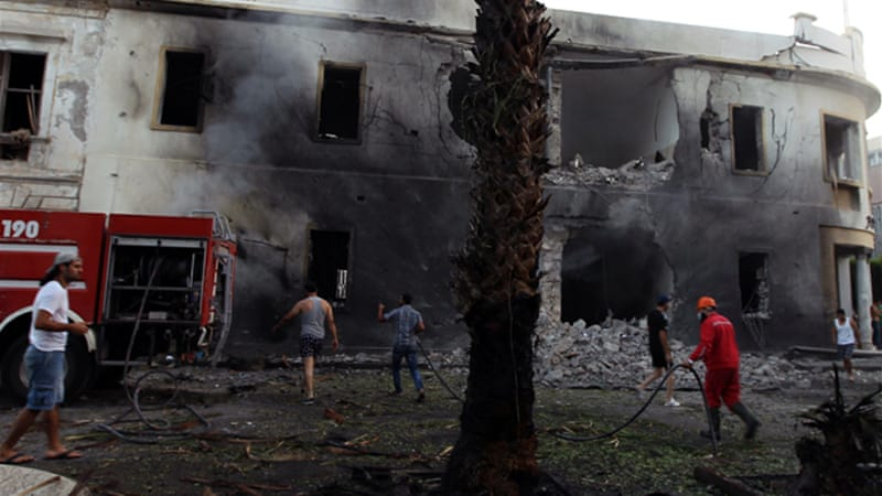 Benghazi blast damages Libyan ministry office