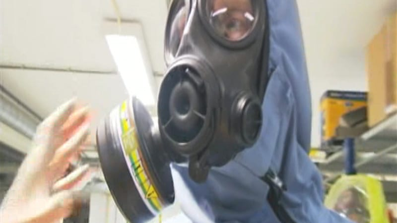 Besides funds, India is offering specialists to destroy Syria's chemical weapons arsenal [Al Jazeera]