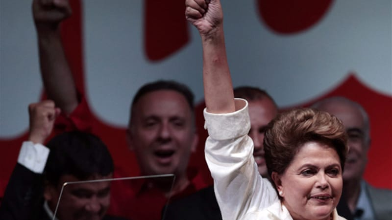Rousseff narrowly won the election with 51.6 percent of the vote to 48.4 percent for Aecio Neves [Reuters]