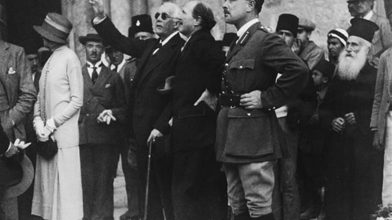 Lord Balfour in Jerusalem in 1925 [Getty Images]