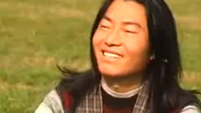 "Yarphel's songs included ""We should learn Tibetan"" and ""We should unite"" [screen shot/YouTube]"