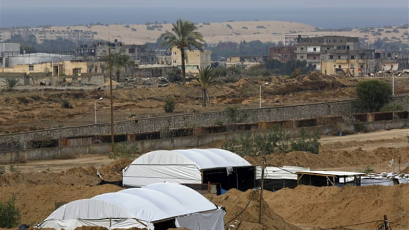 The Egyptian army says it has destroyed more than 1,600 such tunnels since Morsi was overthrown [AP]