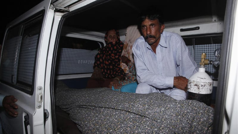 Farzana Parveen's body was handed over to her husband for burial [Reuters]