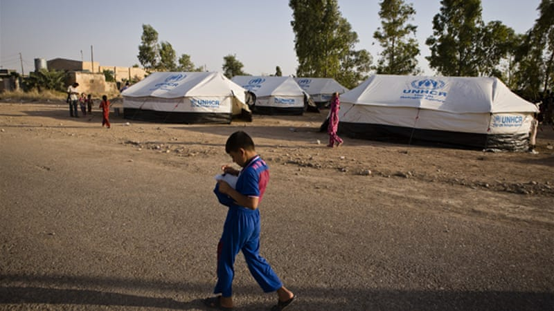 UNHCR says 2,000 refugee families are in the town of Khanaqin [Al Jazeera]