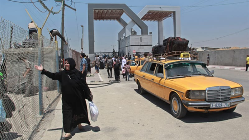 Gaza's interior ministry said only 11 wounded made it through Rafah crossing Thursday [Wissam Nassar/Al Jazeera]