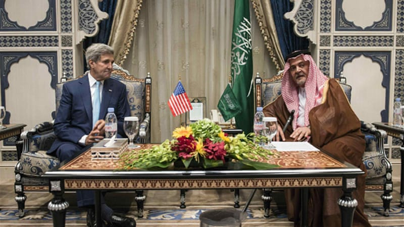 US Secretary of State John Kerry meets Saudi Foreign Minister Prince Faisal to begin talks on IS [Reuters].