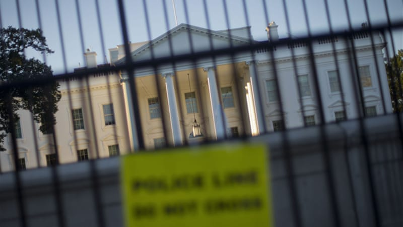 The Secret Service tightened their guard outside the White House since the embarrassing perimeter breach [AP]
