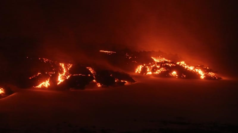 iceland s volcanic eruption stokes toxic gas fears environment