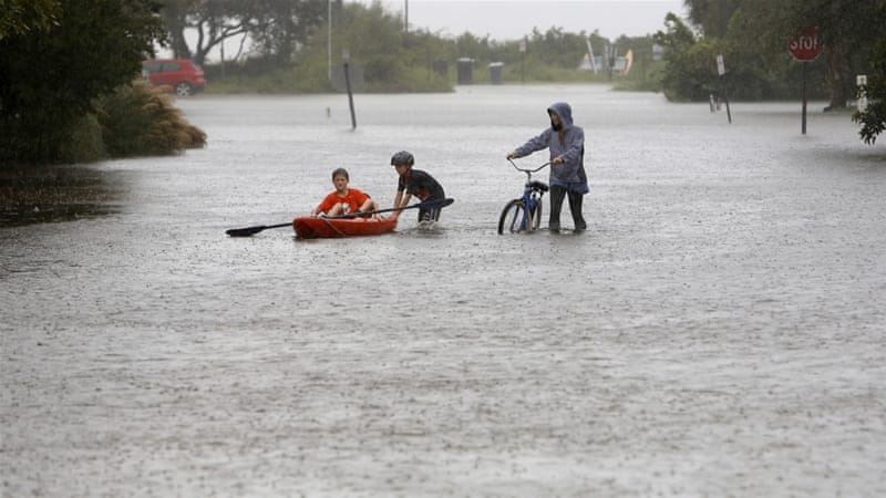 Hurricane Joaquin threatens Bermuda as US hit by storms