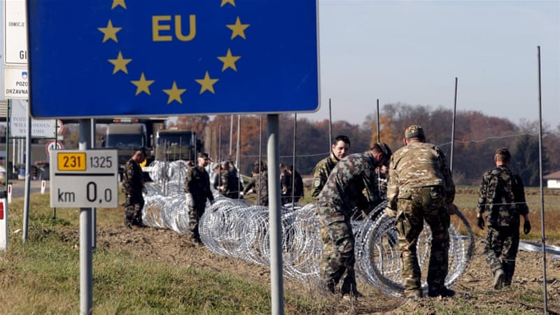 Slovenia starts erecting razor wire on Croatia border | Slovenia ...