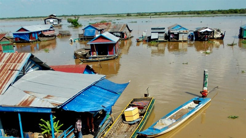 Fishermen in the floating village of Chong Kneas say the Tonle Sap is drying up, greatly reducing their catch [Zoe Holman/Al Jazeera]