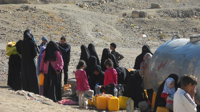 Due to shortages of oil used to power water pumps, many Yemenis can no longer access clean water at home [Hadeel Al-Jawzi/Al Jazeera]