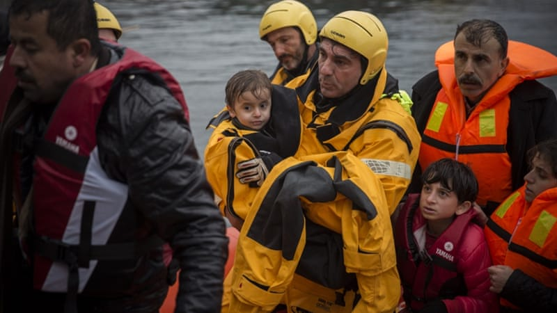Since January, at least 907,712 refugees and migrants made the journey to Europe [File: Santi Palacios/AP]