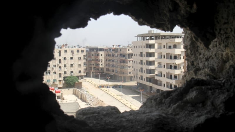 Yarmouk has been the site of heavy fighting between government forces and rebel groups [File: Ward Al-Keswani/Reuters]