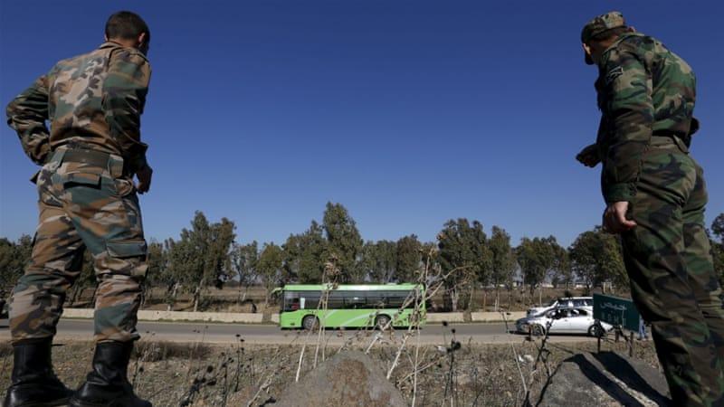 Civili evacuati da Homs dopo un accordo tra governo siriano e ribelli mediato dall'Onu. Credits to: Reuters.