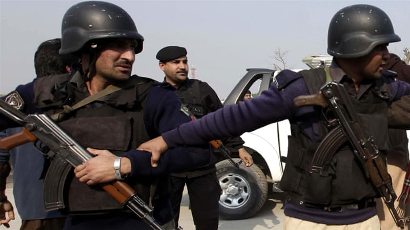 Pakistan arrests Peshawar school massacre suspects