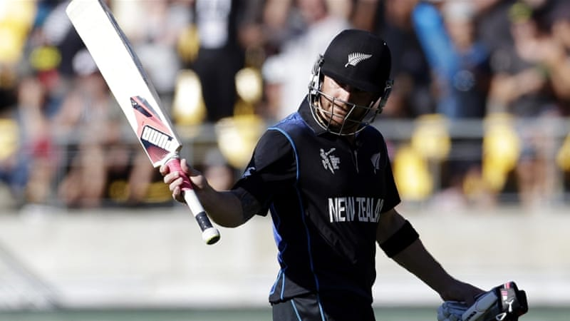 New Zealand's batsmen continued the good work done by their bowlers and demolished England's bowlers [Reuters]