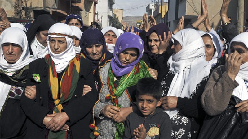 Mothers mourn their sons who died in clashes in the conflict-torn Kurdish town of Cizre [Cale Salih/Al Jazeera]