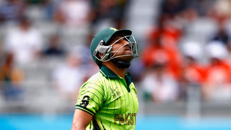 Six catches and a run-a-ball 49 for Sarfraz Ahmed in his first World Cup match [Getty Images]
