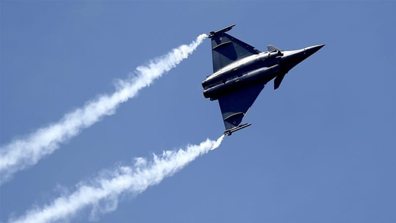 The number of Rafale jets India agreed to buy is a major departure from an earlier plan for 126 of the warplanes mainly built in India [AFP]