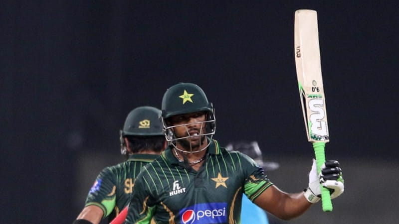 Mukhtar Ahmed top-scored for Pakistan with a whirlwind 83 [EPA]