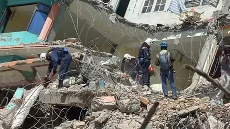 Four rescued as Nepal death toll soars
