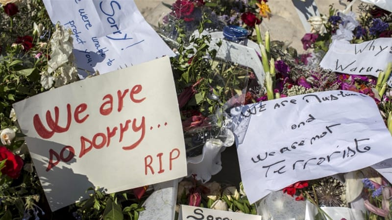 Many Tunisians left messages on the memorial site apologising for the events of last week [Reuters]