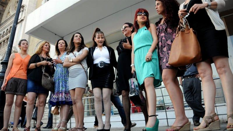 Image Gallery Tunis Women