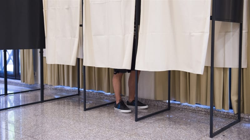 Luxembourg denies foreigners right to vote