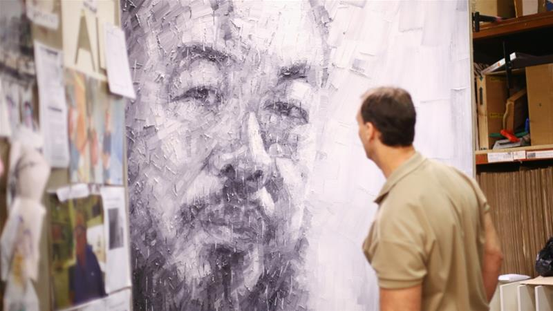 Dissident Chinese artist gets his passport back