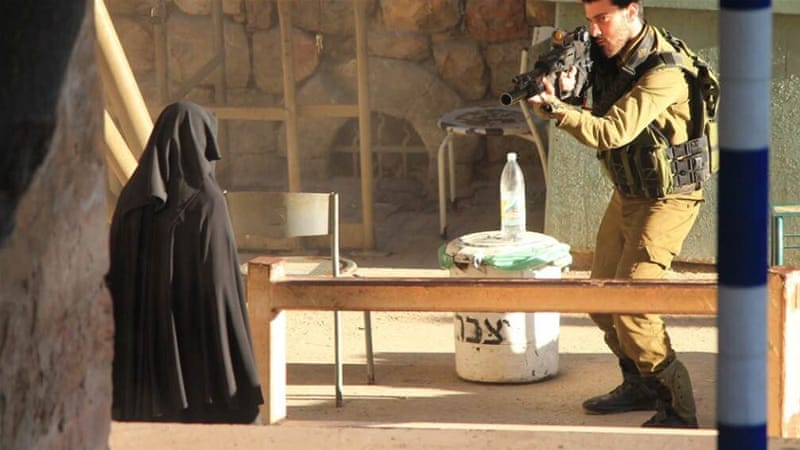 Palestinian woman shot by IDF dies