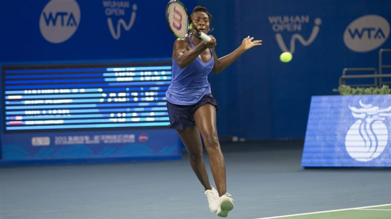 Venus spins her way to 700th career win