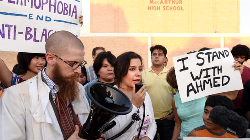 Muslim Americans hold a protest in Texas against Islamophobia [File: Jeffrey McWhorter/AP]