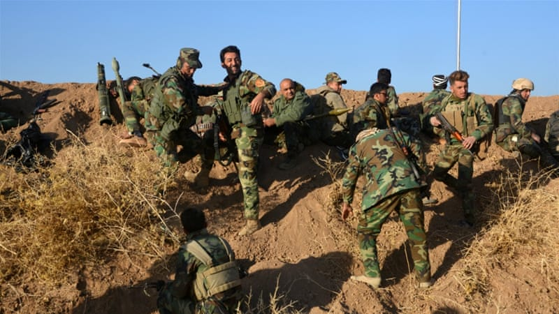 Peshmerga forces gather in the east of Mosul to attack ISIL fighters in Mosul, Iraq [Reuters]