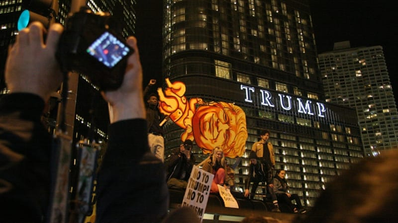 A march in Chicago was one of Wednesday's many anti-Trump rallies [Felicia Darnell/Al Jazeera]