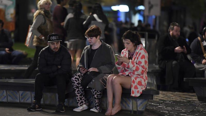 7.8 earthquake hits New Zealand