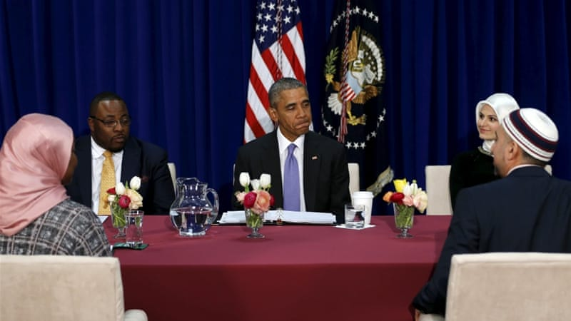 President Barack Obama holds a round table with Muslim American community leaders at a Baltimore mosque [Reuters]