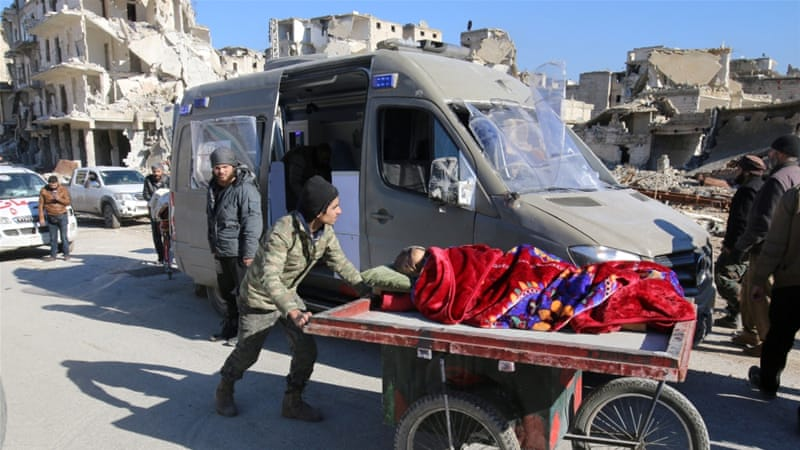 Civilians and fighters from eastern Aleppo are being transferred to the Idlib area [Abdalrhman Ismail/Reuters]