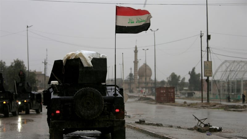 Iraqi forces have been slowed down because of close-in battles with ISIL to retake Mosul [Alaa Al-Marjani/Reuters]